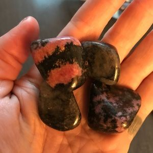 4 pieces of rhodonite